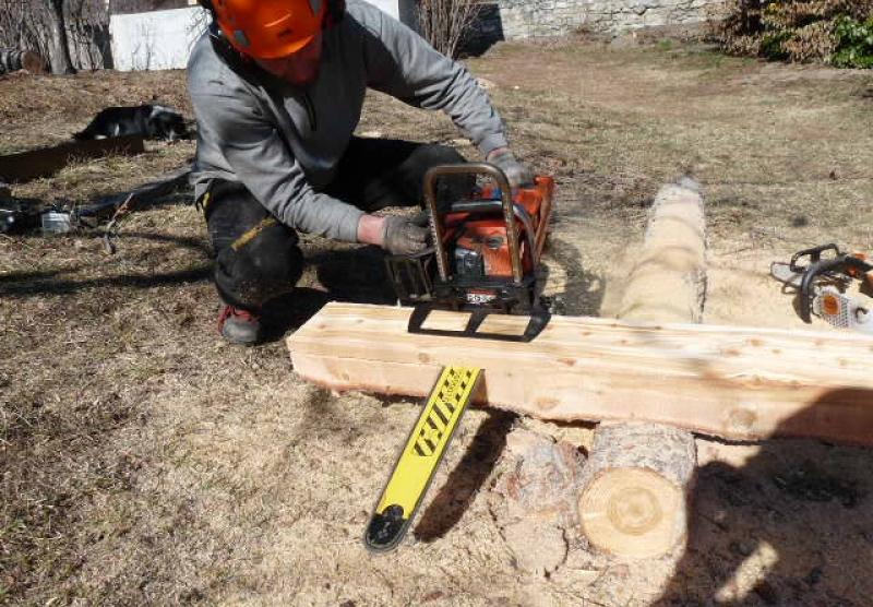 Trouvez à vos arbres des applications variées :bardage rustique, plateau, panne.